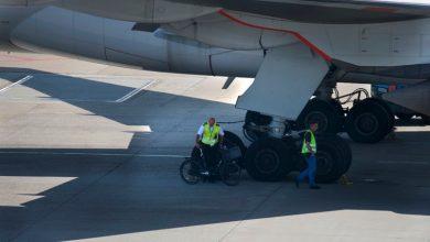 Photo of KLM en bonden hervatten CAO-onderhandelingen