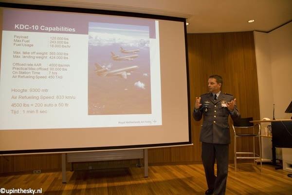 Majoor Nick van Duren - KDC-10 ops