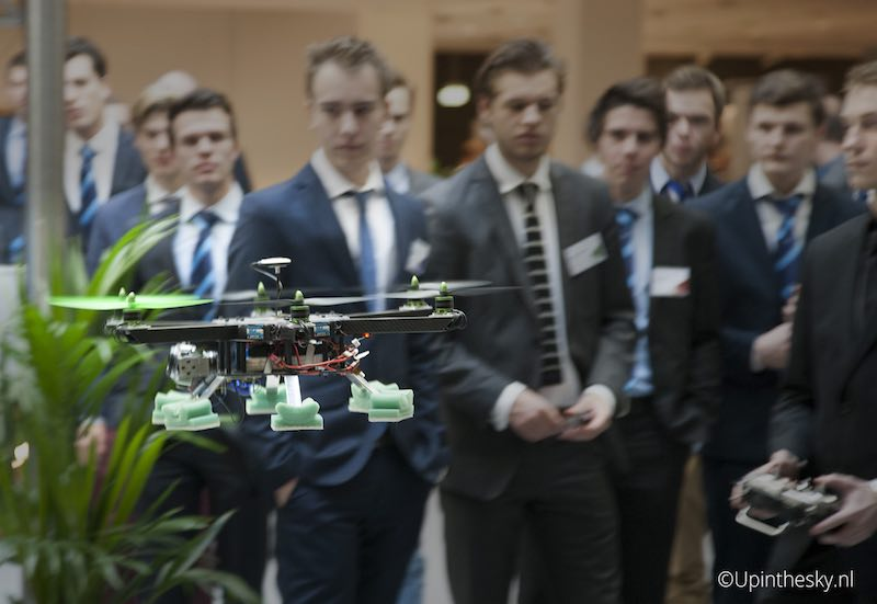 AKCD2014_Hexacopter_show_1