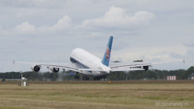 Photo of China Southern-A380 stijgt op | View vanaf nieuwe A-pier