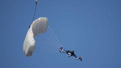 Photo of Parachutist overleeft eerste sprong niet