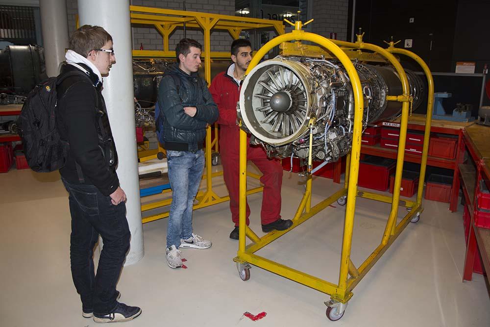 007 Motor Deltion College Zwolle 150116 Remco de Wit