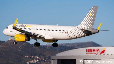 Photo of Vogels nestelen zich in vleugel geparkeerde Vueling A320 | Video