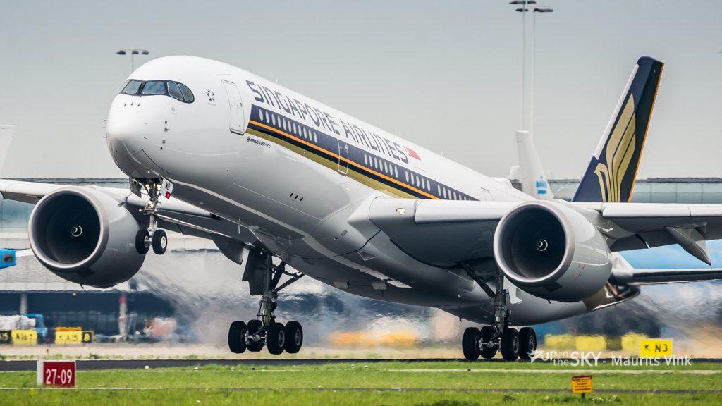 Singapore_A350-8