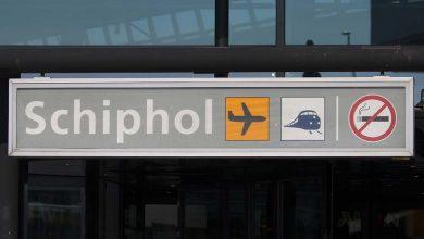 Photo of Schiphol: wegbrengers en ophalers, loop niet naar binnen