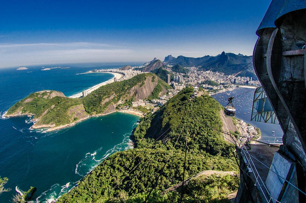 Uitzicht vanaf de Suikerbroodberg ©Vanessa Marques