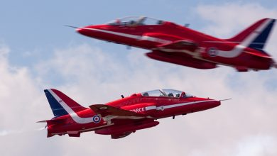 Photo of Video: RAF's Red Arrows boven Londen
