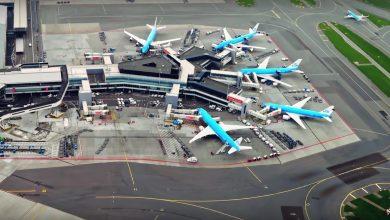 Photo of KLM maakt passagiers wegwijs op Schiphol
