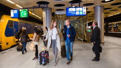 Photo of Schiphol beperkt per trein bereikbaar tijdens ov-staking
