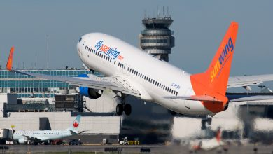 Photo of Sunwing Boeing 737 verliest kerosine tijdens taxiën