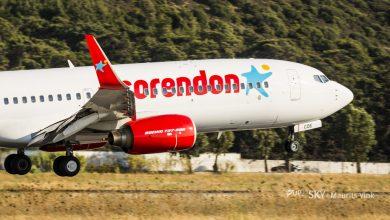 Photo of Birdstrike voor Corendon-737 in Italië