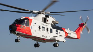 Photo of Nieuwe Noorse AW101 helikopter rolt om tijdens grondtest