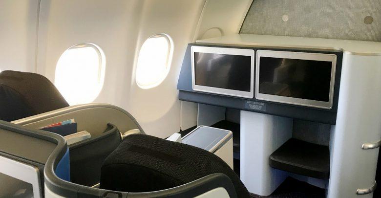 Eerste KLM-A330-200 met nieuw interieur vliegt weer - Up in the Sky