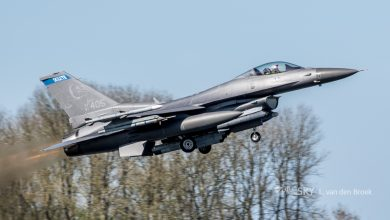 Photo of Amerikaanse F-16 crasht in loods | Video