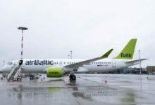 Photo of Vliegverkeer komt op gang; AirBaltic ziet 500 procent meer boekingen