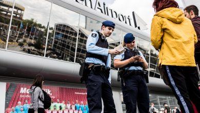 Photo of Marechaussee arresteert verdachten van autodiefstallen Eindhoven Airport