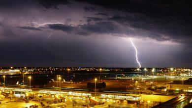 Photo of IATA: kans op besmetting aan boord gelijk aan geraakt worden door onweer