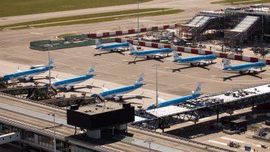 Photo of KLM ziet helft minder passagiers in maart
