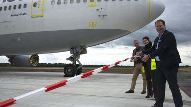 Photo of Vijf nieuwe parkeerplaatsen voor vliegtuigen op Twente Airport officieel geopend