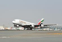 Photo of Emirates faseert eerste A380 uit
